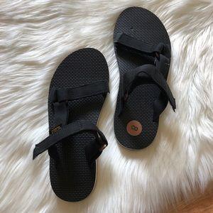 teva sandal slides new black sz:8 casual slip on